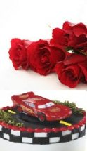 Eggless cake 1 kg Car cake with FREE roses
