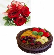 1 kg chocolate fruit cake with 3 roses hand tied