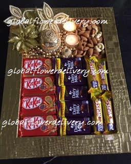 Decorated tray 250 gm dry fruit with 4 kit kat, 4 pieces 5 star and dairy milk chocolates