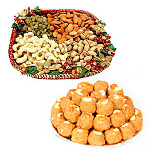 Dry fruits with Boondi Ladoo