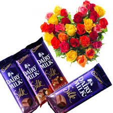 24 Mix roses heart with 4 silk chocolates