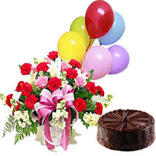 Flowers basket with cake and balloons