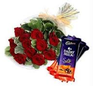 20 roses bouquet with 3 silk chocolates