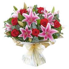 Pink Lilies roses bouquet