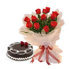 Half kg chocolate Cake 15 Red Roses