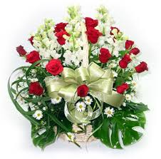 20 red roses 12 rajnigandha basket