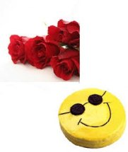 Eggless 1/2 kg smiley chocolate cake with 4 roses