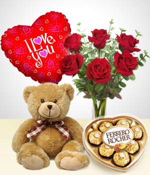 Valentine heart 3 inches 12 red roses Teddy 6 inches with Heart Chocolate box