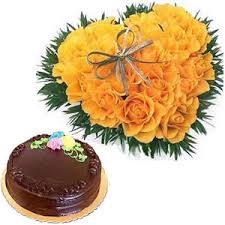 yellow roses heart and cake